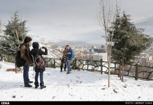 First-Snow-in-Tehran-26