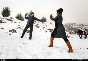 First-Snow-in-Tehran-7