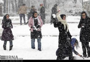 Seasons-First-Snow-in-Rasht-9
