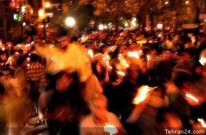 Tehran, Iran - 2001 - Mohsen Sq, Tehran - Candlelit vigil for 911 victims 3 - Tehran24.com - Photo by C. Moghtader