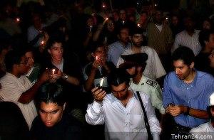 Tehran, Iran - 2001 - Mohsen Sq, Tehran - Candlelit vigil for 911 victims 5 - Tehran24.com - Photo by C. Moghtader
