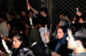 Tehran, Iran - 2001 - Mohsen Sq, Tehran - Candlelit vigil for 911 victims 7 - Tehran24.com - Photo by C. Moghtader