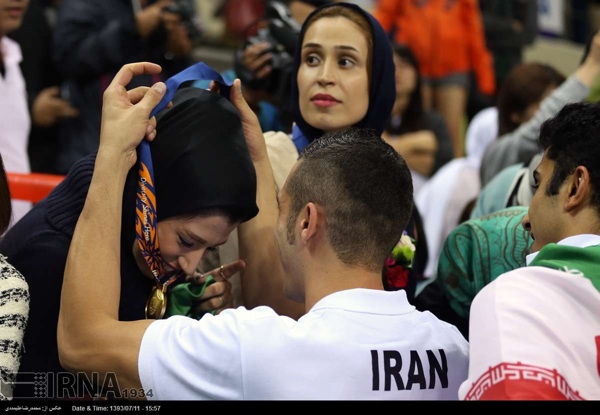 Iran-Japan-Volleyball_AsiaGames-2014-12 Iran wins gold medal