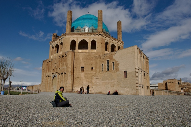 Iran, Gonbad-e Sultanieh, a spectacular 14th century domed mausoleum