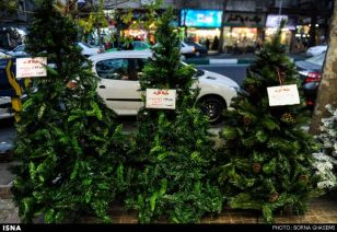 Christians-prepare-for-new-year-Tehran-11-HR