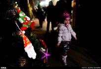 Christians-prepare-for-new-year-Tehran-20-HR