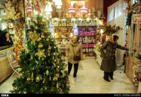 Christians-prepare-for-new-year-Tehran-4-HR
