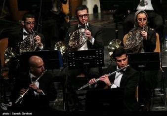 Azeri singer Qasimov performs in Iran with Tehran's Wind Orchestra 05