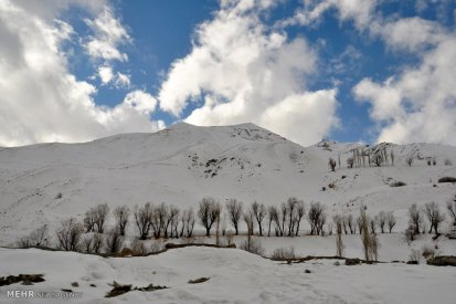 Iran Dizin Ressort in Alborz Mountains Winter Snow 00