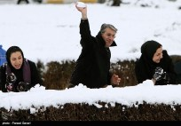 Snow Kerman Iran Snowballs 08