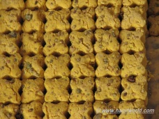 Iran Nowruz New Year Food and Sweets - Nan-e nokhodchi (chickpea cookies)