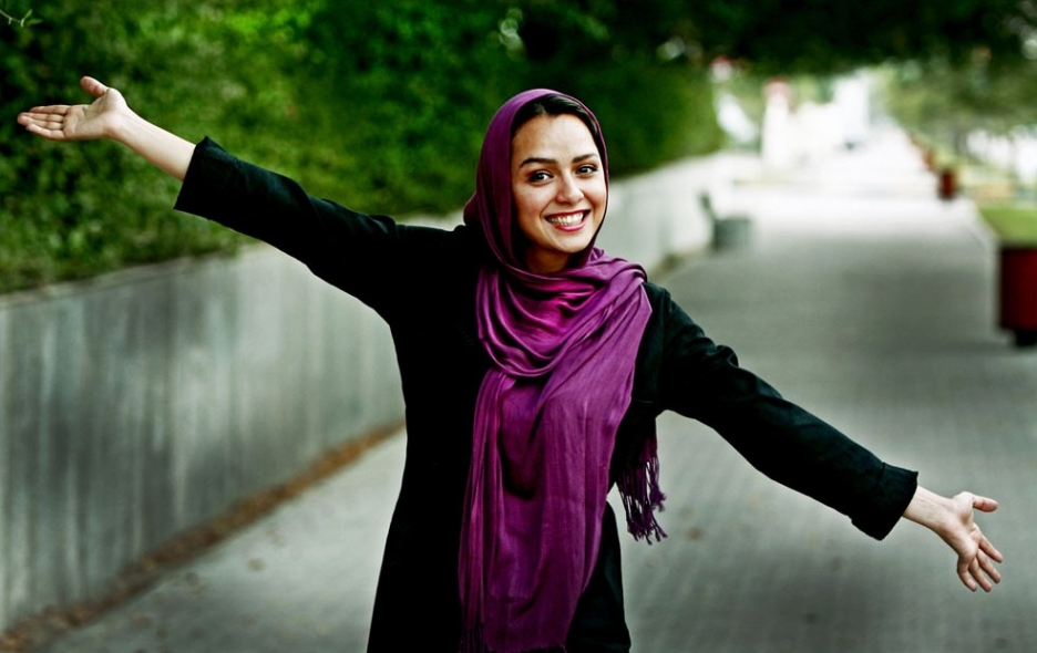 Taraneh Alidoosti Awarded Iranian Actress Blogger And