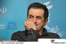 Yazdanian, Safi - Iranian director 6 - 33th Fajr International Film Festival