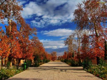 Shazdeh Garden (Bagh-e Shazdeh) in Mahan, Kerman Province, Iran - Photo credit: tishineh.com