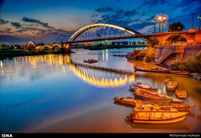 Second Bridge: White Bridge or Suspension Bridge (Pol-e Sefid) in Ahvaz, Iran
