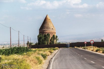 Radkan (East) Tower (Photo credit: Mehr News Agency)