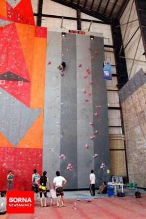 Iranian youth and junior national climbing team members training in Hamedan - 2015 July - 20