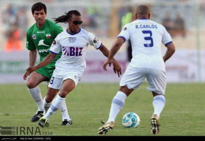 World-football-stars-Tehran-charity-match-11
