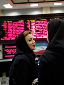 Bloomberg - 2015.10.01 - Women in Iran Are Ready to Show They Mean Business 2