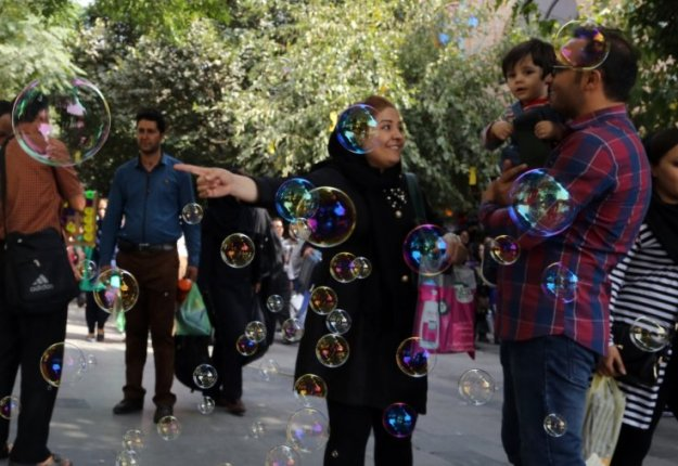 International Business Times - 2015.10.05 - Trendy Tehran Meet the female entrepreneurs breaking boundaries in Iran