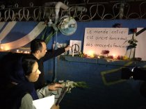 Iranians show their sympathy for the victims of the Paris Attacks at French Embassy in Tehran 0