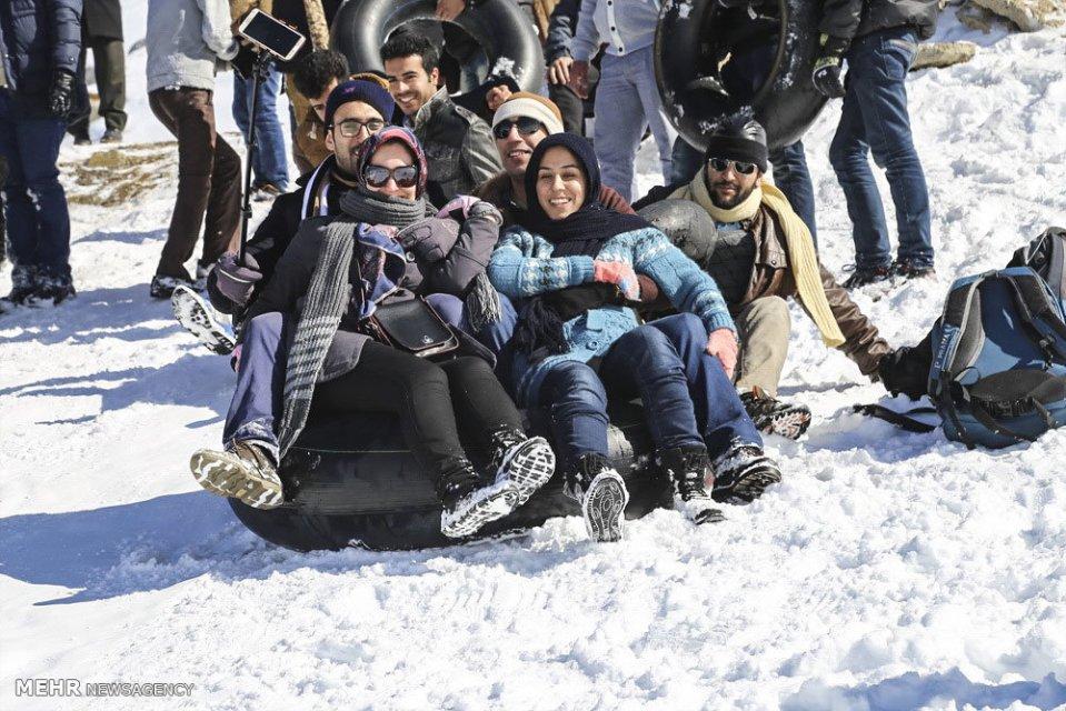 Winter joys - Snow sliding at Shazand Ski Resort in Markazi Province, Iran (Photo credit: MEHR News Agency)