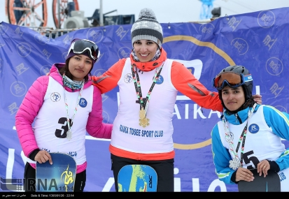 Snowboard competition in Dizin Ski Resort, Iran - April, 2016 (Photo credit: IRNA)