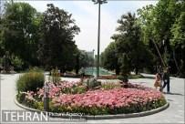 Park-e Shahr (City Park) in spring - Photo: Hamed Farajollah / Tehran Picture Agency