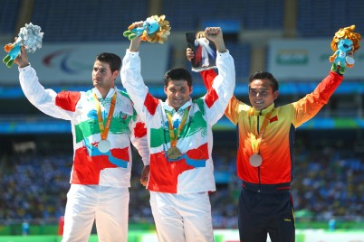 rio-2016-athletics-mens-javelin-throw-f56-f57-mohammad-khalvandi-gold-and-abdollah-heidari-til-silver-from-iran-paralympic-games-in-rio-de-janeiro-brazil-foto-lucas-uebel-getty-image