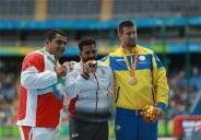 rio-2016-athletics-mens-shot-put-f11-f12-silver-medalist-saman-pakbaz-from-iran-paralympic-games-in-rio-de-janeiro-brazil-foto-dr-bahrami-ir