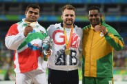 rio-2016-athletics-mens-shot-put-f42-silver-medalist-sajad-mohammadian-from-iran-paralympic-games-in-rio-de-janeiro-brazil-foto-atsushi-tomura-getty-images