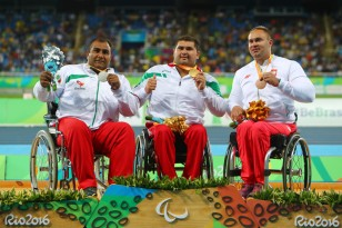 rio-2016-athletics-mens-shot-put-f54-f55-silver-medalist-hamed-amiri-from-iran-paralympic-games-in-rio-de-janeiro-brazil-foto-lucas-uebel-getty-images