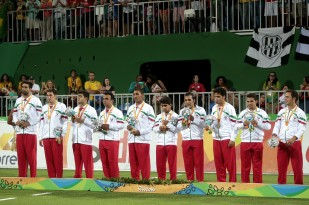 rio-2016-football-5-a-side-mens-silver-medalists-iran-paralympic-games-in-rio-de-janeiro-brazil-foto-alexandre-loureiro-getty-images
