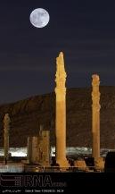 Supermoon in Persepolis, Iran (Photo credit: IRNA)