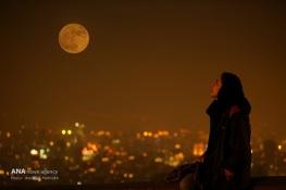 Supermoon in Teheran, Iran (Photo credit: Abolfazl Mahrokh / ANA)