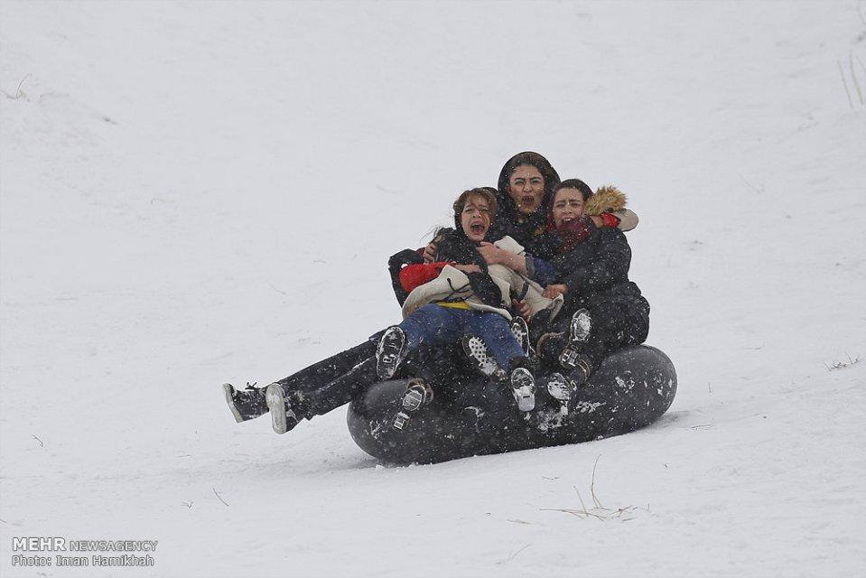 Winter joys - Snow sliding in Hamedan, Iran (Photo credit: Iman Hamikhah, MEHR)