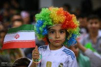 Iranian girl wearing a Real Madrid jersey in Charsou Cineplex, Tehran. Photo credit: Mehran Riazi, ISNA.