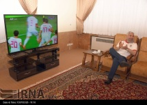 Iranian president Hassan Rouhani watching the match. Photo credit: IRNA.
